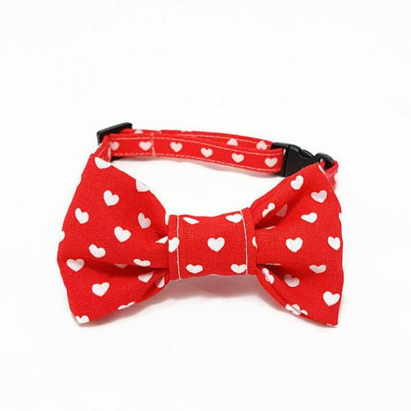 Cat Collar With Bow Tie - Hearts - Red