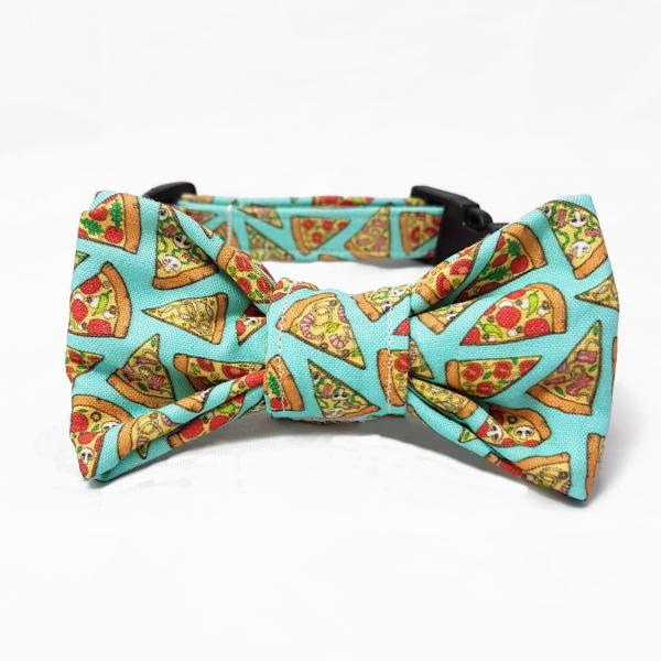 Dog Collar with Bow Tie - Pizza