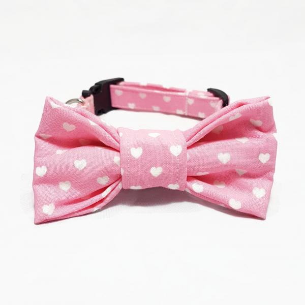 Dog Collar with Bow Tie - Hearts - Light Pink